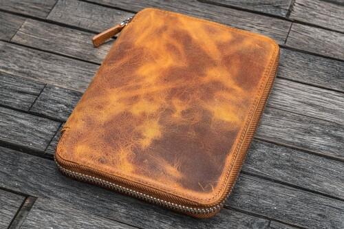 Galen Leather Folio B6